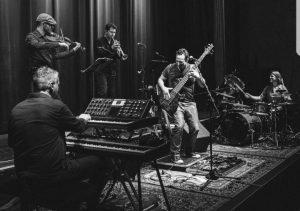 Saemann Combo - Groovender Jazz-Funk für Bauch, Beine und Herz