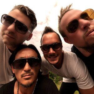 Gul Front (Nr.1 Party Band aus Schweden!)